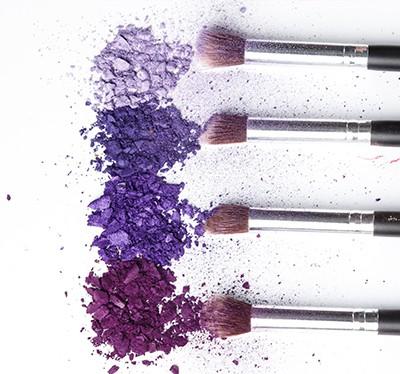 fioletowy makijaż